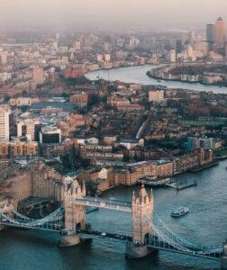 Wypożyczalnie samochodów Londyn