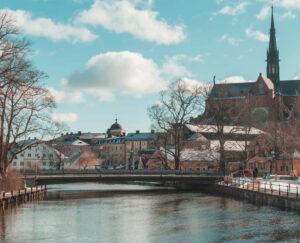 Wypożyczalnie samochodów Uppsala