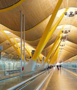 Wynajem samochodów na Port lotniczy Madryt-Barajas